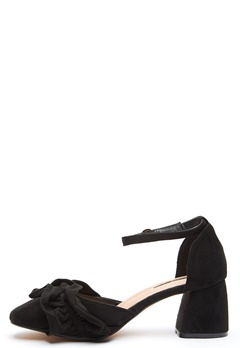 LOST INK Annie Ruffle F-Block Heel Black Bubbleroom.se