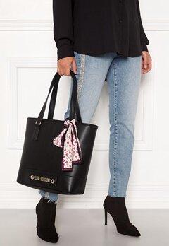 Love Moschino Love Moschino Letter Bag Black Bubbleroom.se