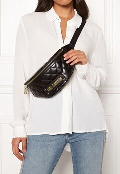Love Moschino New Shiny Quilted Bag Black Bubbleroom.se