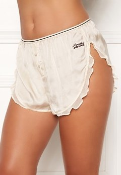 Love Stories Mae Cover Up Shorts Off White Bubbleroom.se