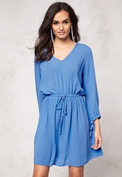 Make Way Anelia Dress Light blue Bubbleroom.no