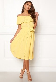 Make Way Jaqline offshoulder dress Light yellow Bubbleroom.se