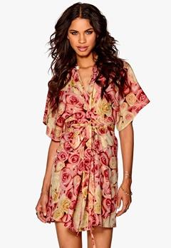 Make Way Karmen Kimono Dress Pink / Floral Bubbleroom.eu