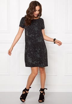 Make Way Lasia Dress Black / Patterned Bubbleroom.no