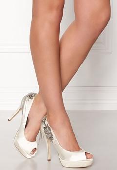 Menbur Drusila Shoe Ivory Bubbleroom.se