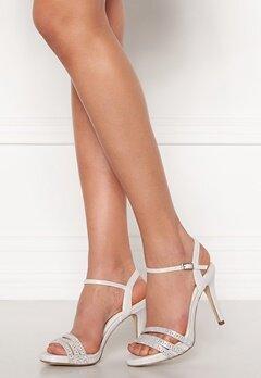 Menbur Sandals Ivory Bubbleroom.se