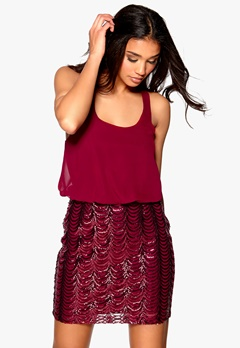 Model Behaviour Evelina Dress Burgundy Bubbleroom.fi