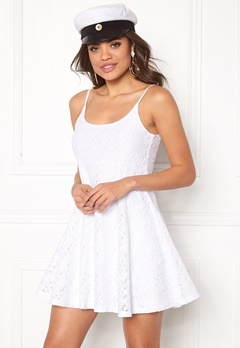 Model Behaviour Nova Dress White Bubbleroom.se