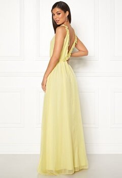 Moments New York Aster Chiffon Gown Light yellow Bubbleroom.se