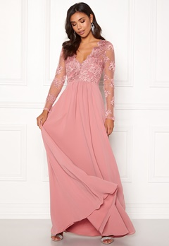 Moments New York Azalea Lace Gown  Bubbleroom.se