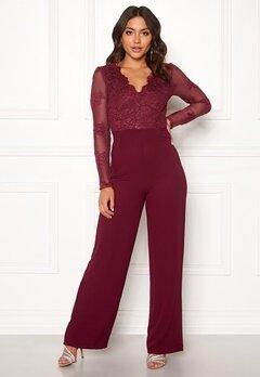 Moments New York Azalea Lace jumpsuit  Wine-red Bubbleroom.se