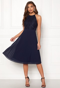 Moments New York Casia Pleated Dress Navy Bubbleroom.se
