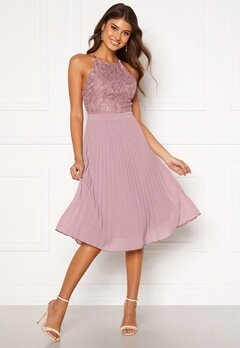 Moments New York Casia Pleated Dress Old rose Bubbleroom.se