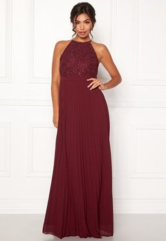 Moments New York Casia Pleated Gown Wine-red Bubbleroom.se