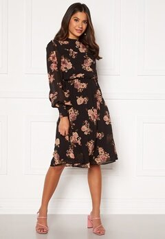 Moments New York Chloe Chiffon Dress Floral Bubbleroom.se
