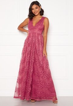 Moments New York Ella Lace Gown Raspberry red Bubbleroom.se