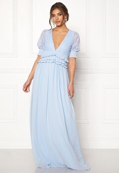 Moments New York Erica Frill Gown Dusty blue Bubbleroom.se