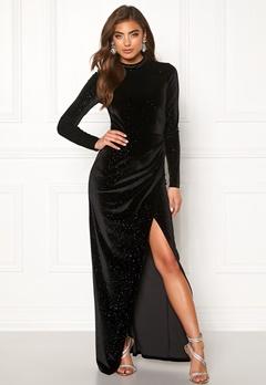 Moments New York Inda Velvet Gown Black Bubbleroom.se