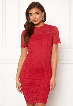 Moments New York Kassia Lace Dress Red Bubbleroom.se