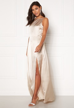 Moments New York Laylani Satin Gown Champagne Bubbleroom.se
