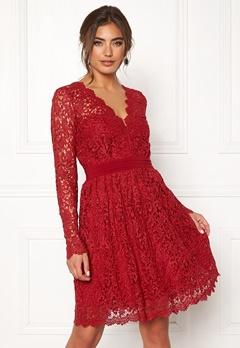 Moments New York Leyla Crochet Dress Vinröd Bubbleroom.se