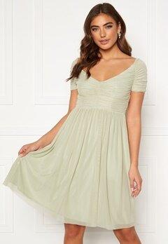 Moments New York Lily Draped Dress Dusty green Bubbleroom.se