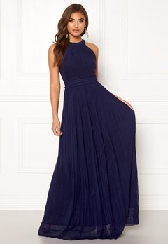 Moments New York Linnea Pleated Gown Navy Bubbleroom.se