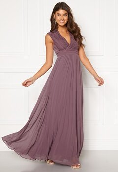 Moments New York Loana Crochet Gown Light lilac Bubbleroom.se