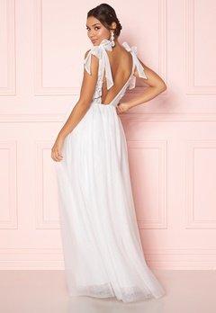 Moments New York Marguerite Wedding Gown  Bubbleroom.se