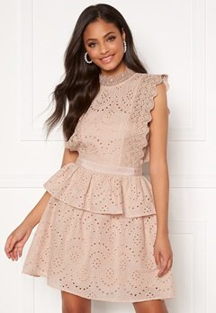 Moments New York Olivia Crochet Dress Light pink Bubbleroom.se