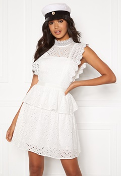 Moments New York Olivia Crochet Dress White Bubbleroom.se
