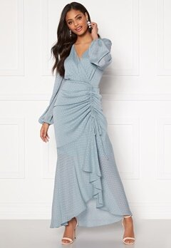 Moments New York Thea Dotted Gown Light blue Bubbleroom.se