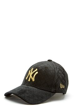 New Era 9Forty Velvet Cap BLKGLD Bubbleroom.se