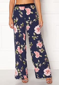 New Look Frida Print Wide Pants Blue Pattern Bubbleroom.se