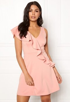 New Look Go Plunge Frill Dress Shell Pink Bubbleroom.se