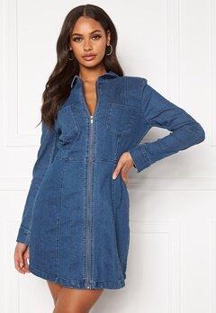 Noisy May Lisa Denim Zip Dress Medium Blue Denim Bubbleroom.se