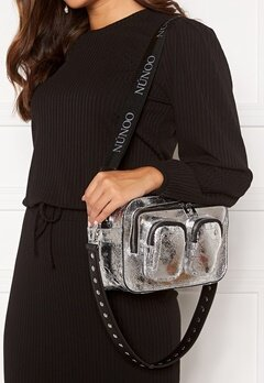 Nunoo Ellie Cool Bag Silver Bubbleroom.se