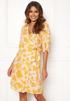 OBJECT Bea 2/4 Dress Elfin Yellow Bubbleroom.se