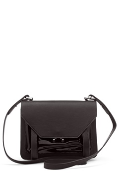 OBJECT Julia Patent Bag Black Bubbleroom.se