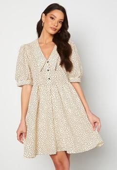 Object Collectors Item Nour 2/4 Dress Sandshell AOP Dot bubbleroom.se