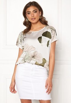 OBJECT Pantheon S/S Urban Top Gardenia/Big Floral Bubbleroom.se