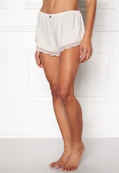 Odd Molly Cherry Shorts Light Chalk Bubbleroom.se