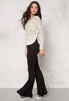 ONLY Amelia l/s pullover knit Cloud Dancer Bubbleroom.se