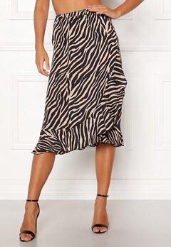 ONLY Ana Wrap Frill Skirt Black/Zebra Bubbleroom.se