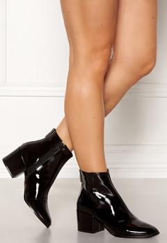 ONLY Belen Zip Patent Bootie Black Bubbleroom.se