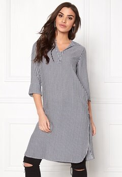 ONLY Capri Long Shirt Stripe Cloud Dancer Bubbleroom.no