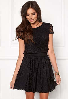 ONLY Cara Leo S/S Lace Top Black Bubbleroom.se