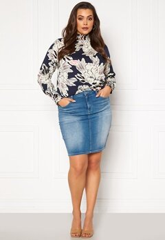 Only Carmakoma Lalola Life Skirt Medium Blue Denim Bubbleroom.se
