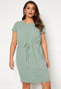 Only Carmakoma Luxina SS String Tunic Dress Chinios Green AOP-Ka Bubbleroom.se
