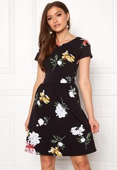 ONLY Dalia S/S Niella Dress Black Bubbleroom.se